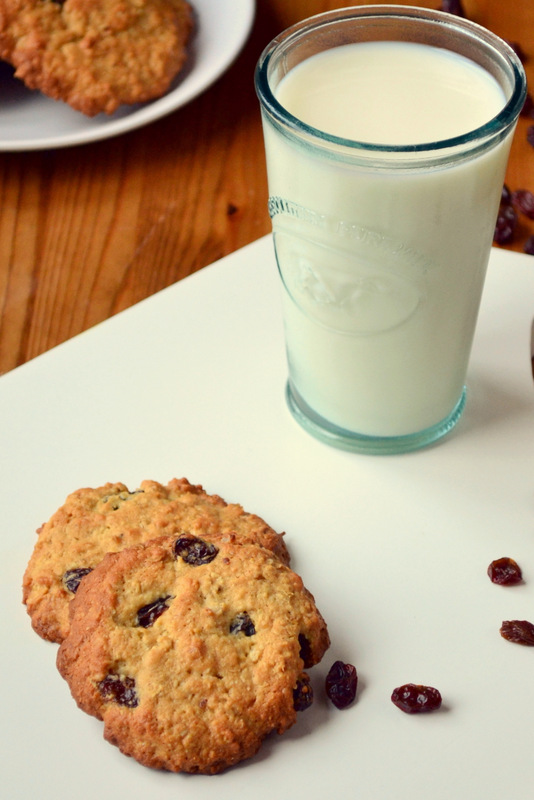 oats raisins milk cookies frugal